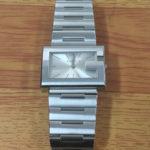 豊中 庄内 時計電池交換 グッチ 800円+税~ 靴修理と合鍵のお店プラスワン
