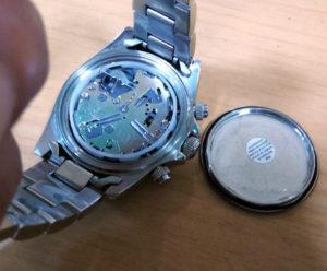 テクノス時計電池交換1-2