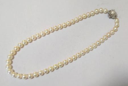 パール真珠ネックレス糸替え修理