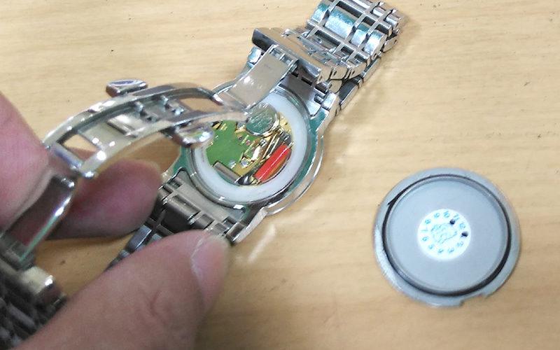尼崎で時計の電池交換