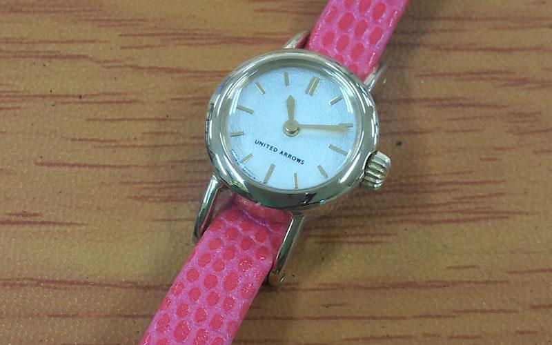 明石で時計の電池交換が安い!イオン明石4F靴修理と合鍵 時計の電池交換のお店プラスワン明石店 靴修理の求人