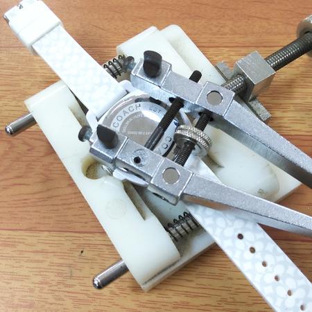 明石時計の電池交換