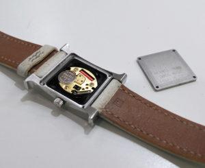 箕面時計の電池交換