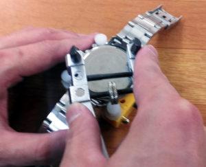 豊中時計の電池交換