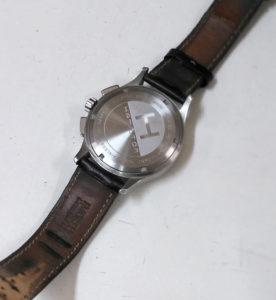 柏駅時計の電池交換