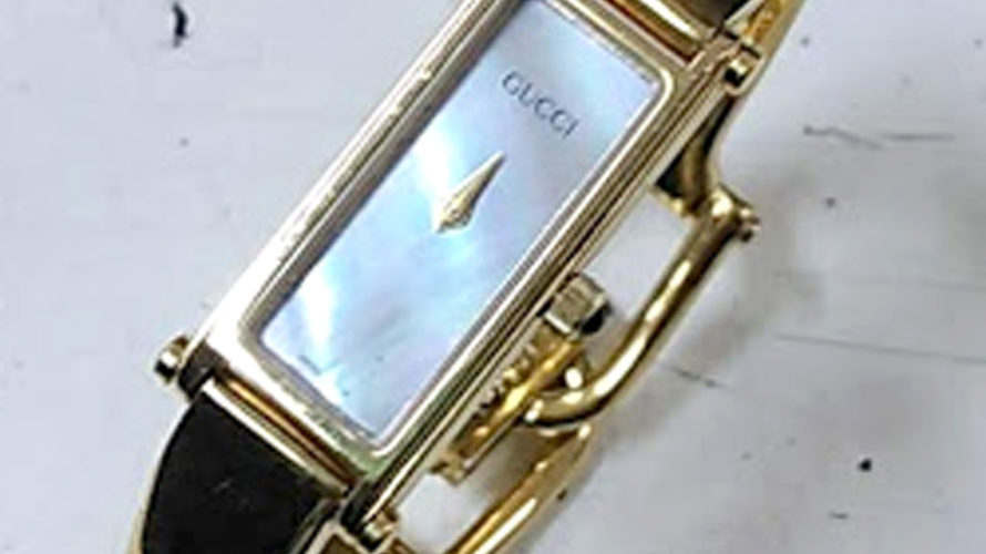 グッチ時計の電池交換