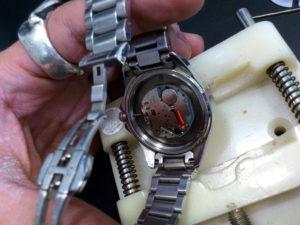 ドルチェ&ガッバーナ(D&G)の腕時計の電池交換