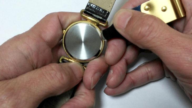 時計 電池交換 料金表 プライス リスト 時計 バンド ベルト 交換 調整 オーバーホール 分解掃除 防水チェック 風防修理 竜頭修理