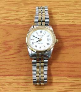 明石で安い時計の電池交換800円+税~TISSOT ティソ イオン4F 明石 大久保 西明石