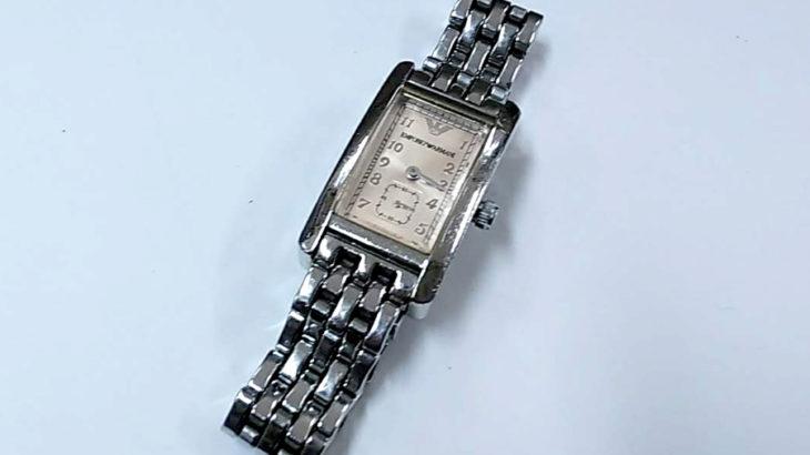 アルマーニ 時計 電池交換 800円+税~