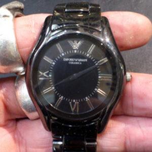 アルマーニ(ARMANI)の腕時計の電池交換