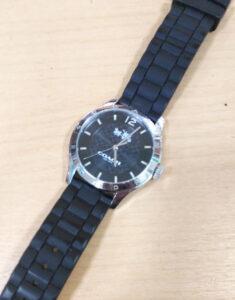 コーチ COACH 腕時計電池交換 880円~