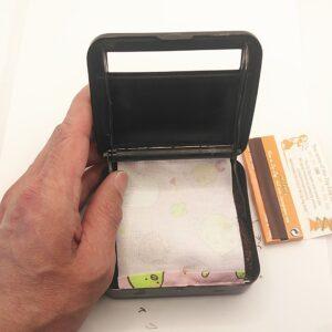 手巻きタバコローリングボックス換え布ベルトを作ってもらって交換する。